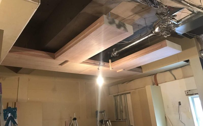天井造作と内装工事