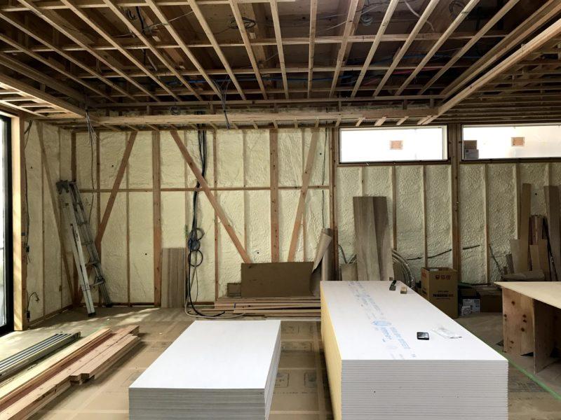 木工事と電気工事の現場チェック